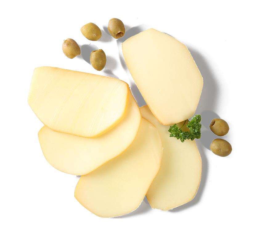 Polomäkký nezrejúci parený syr